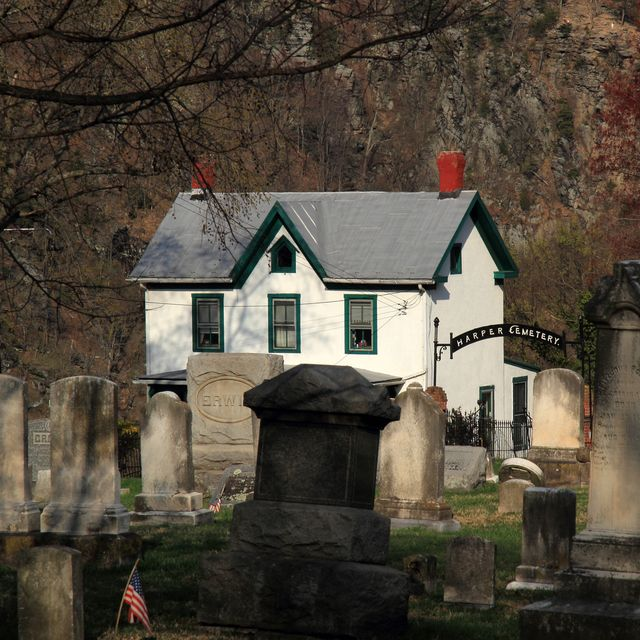 harpers ferry cemetery ghost tour