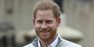Harry de Inglaterra rueda prensa nacimiento hijo