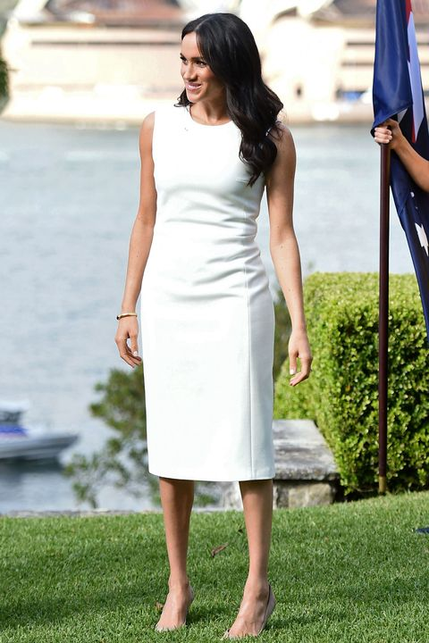 Meghan Wears A White Dress In Australia Duchess Of Sussex Opts For