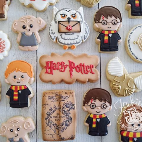 harry potter birthday party cookies