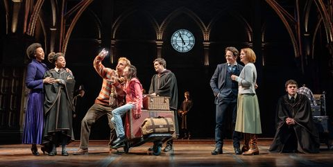 Putting Magic Of Theatrical Lighting To >> See Behind The Scenes Of The Cursed Child Set Design Cursed Child