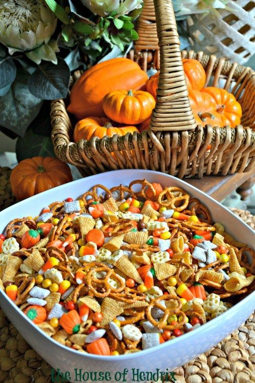 halloween trail mix