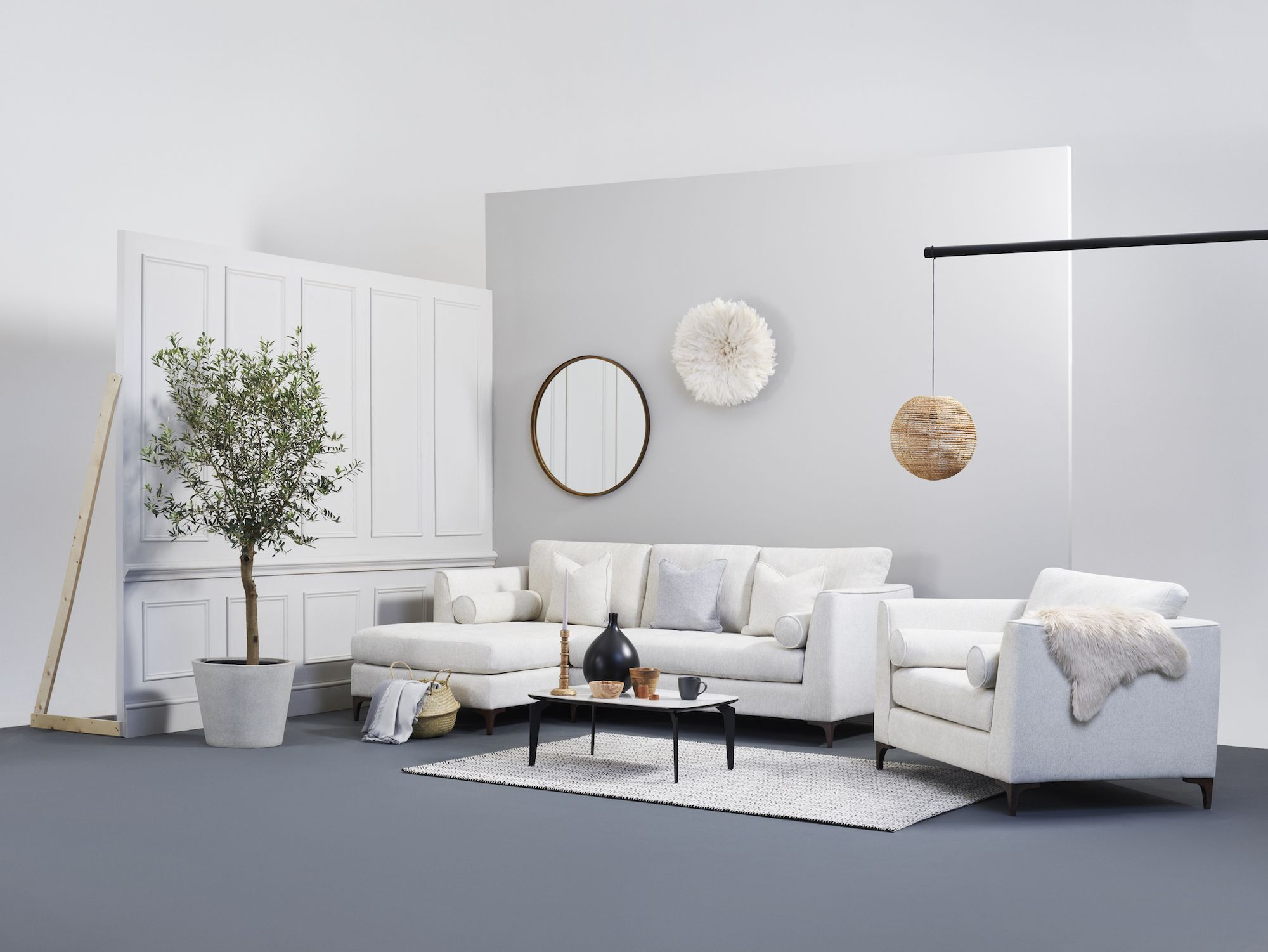Louise Redknapp Launches BOLD by Louise Sofa Collection With