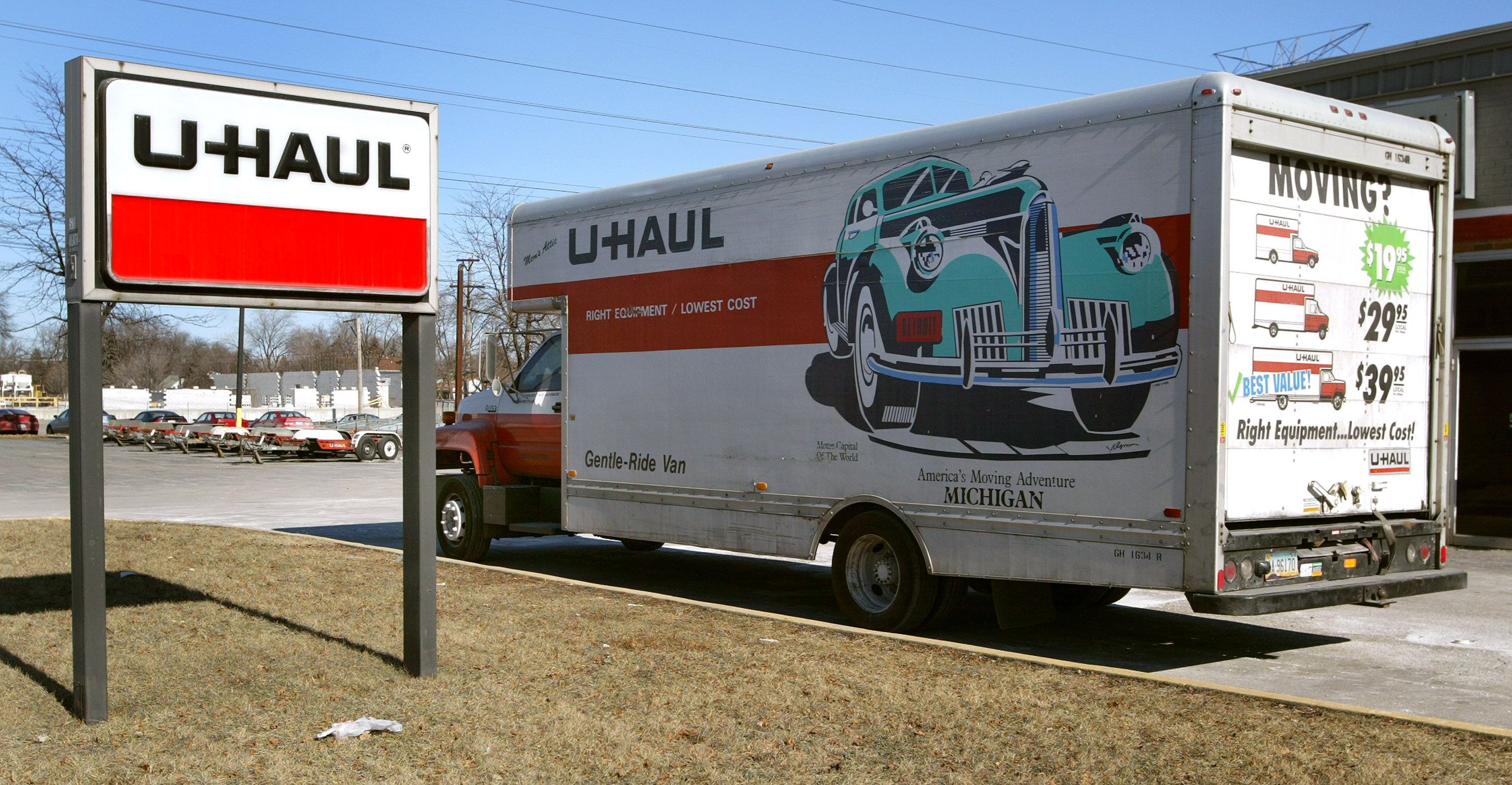 U Haul Just Announced An Amazing Deal For Those Affected By