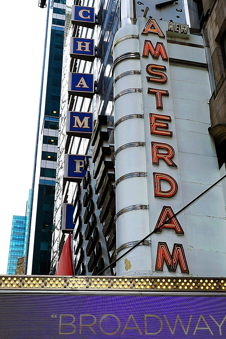 New Amsterdam Theater