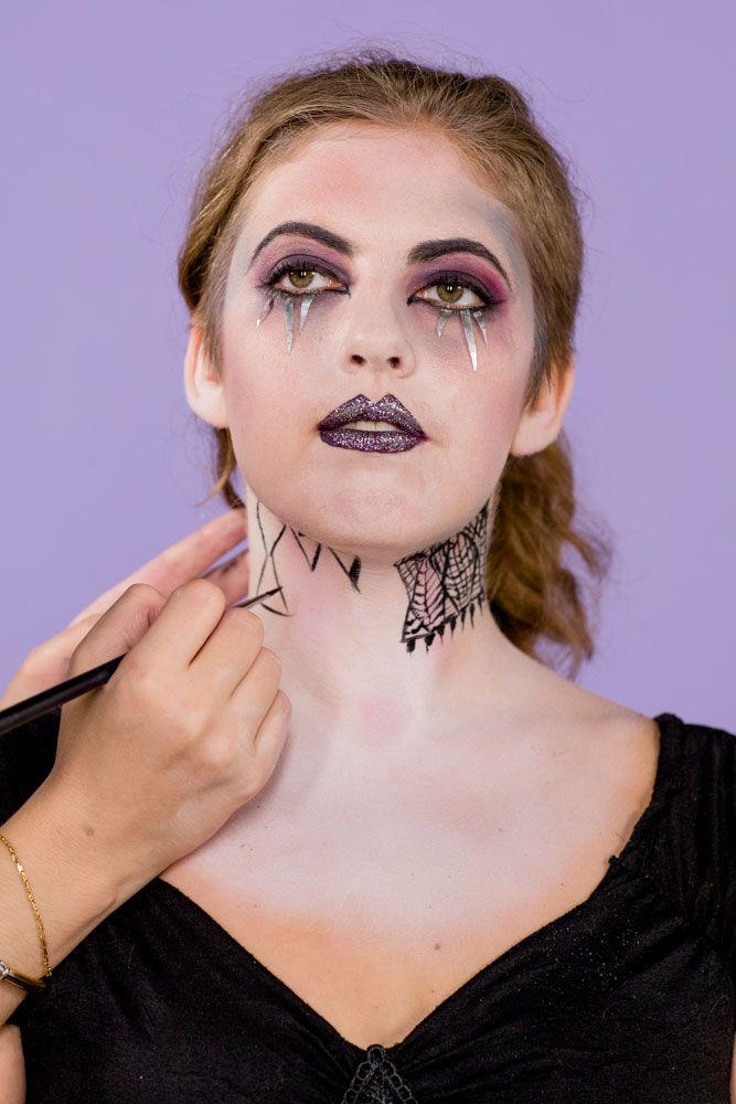 Best Vampire Makeup for Halloween 2019 , How to Do Vampire