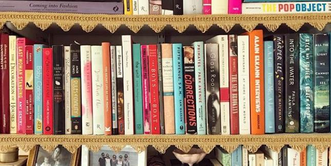 This Ikea Bookshelf Hack Makes Your Furniture Look High