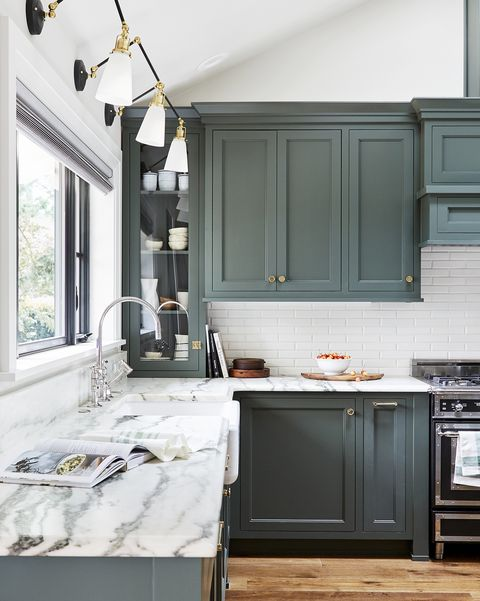 How to Paint Your Kitchen Cabinets - Best Tips for Painting ...