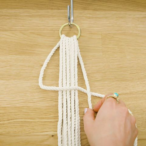 This Macrame Planter Is Easier To Master Than You\'d Think