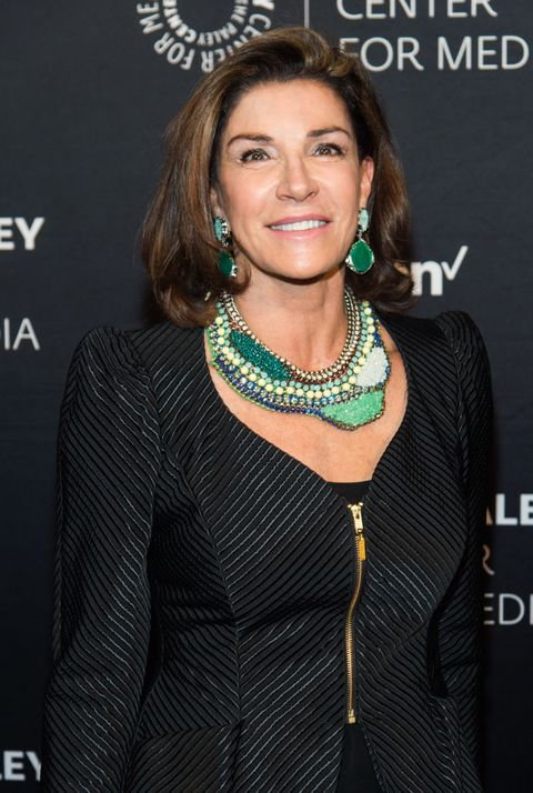 Who Is Hilary Farr? - 10 Facts About HGTV's 'Love It Or ... Hilary Farr
