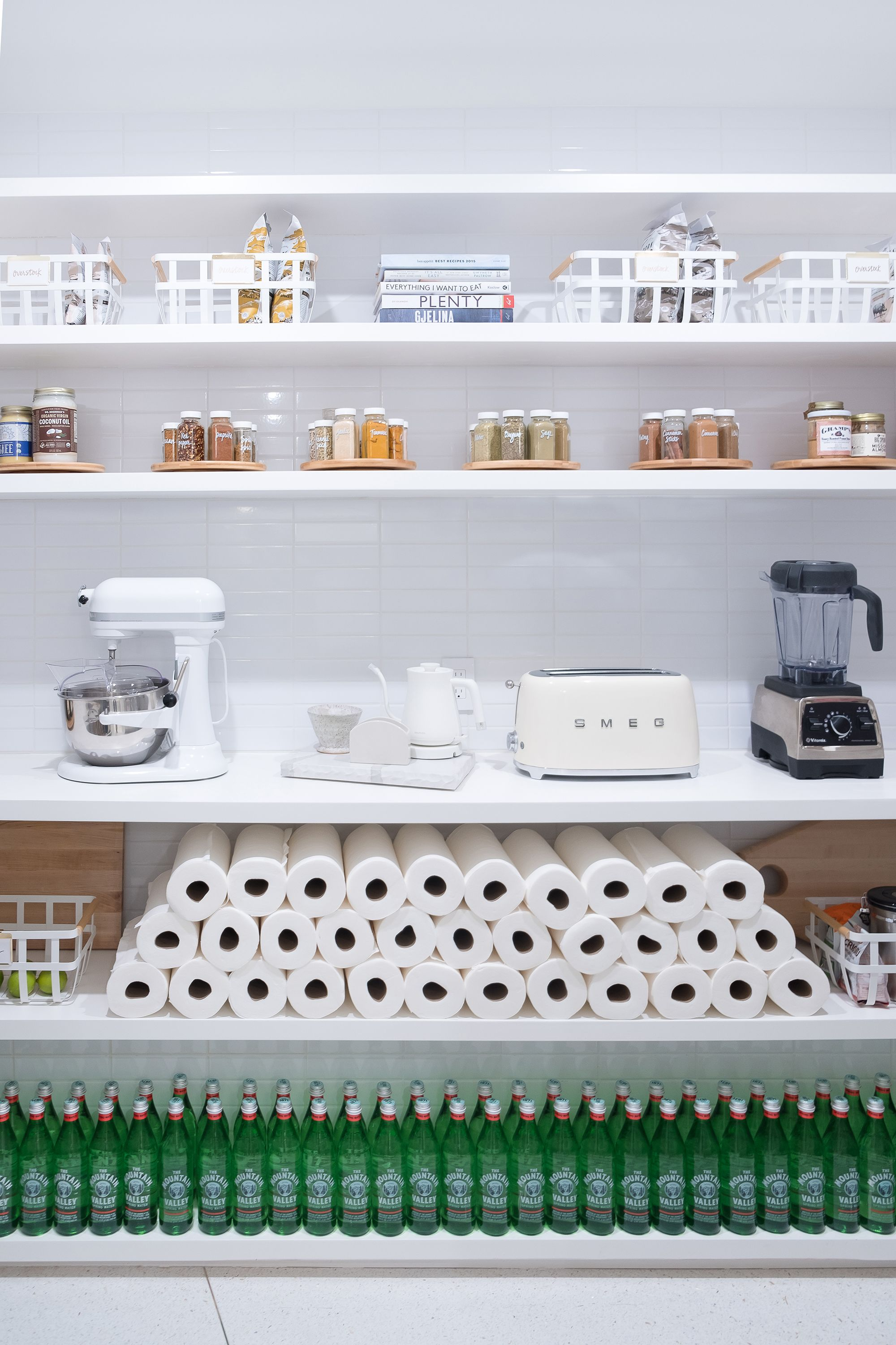 20 Insanely Organized Cabinets To Motivate You