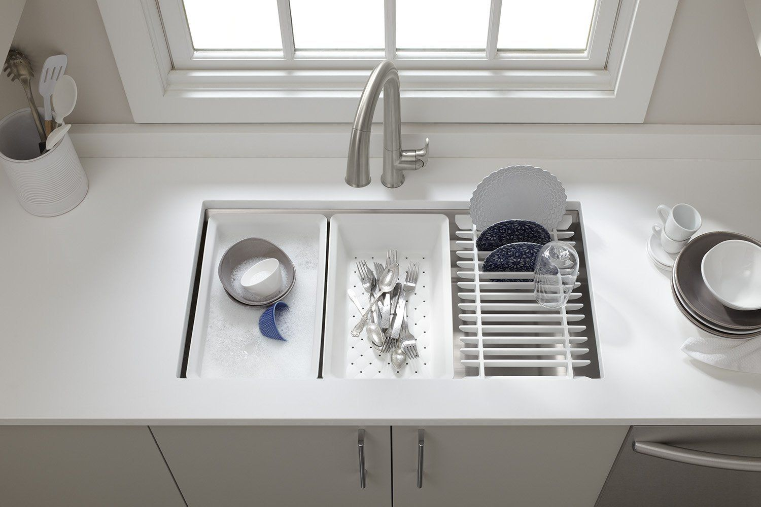 13 Organization Tips That Keep Countertops Clear - Kitchen ... on kitchen closet organization ideas, kitchen backsplash ideas, kitchen counter organizers, kitchen drawer organization ideas, kitchen counter ideas, kitchen wall organization ideas, kitchen pantry storage ideas, budget-friendly countertop ideas, paint organization ideas, kitchen organizational ideas, kitchen desk organization ideas, rustic country kitchen decorating ideas, refrigerator organization ideas, kitchen plate organization ideas, kitchen theme ideas, small kitchen organizing ideas, kitchen cabinet storage ideas, kitchen island organization ideas, kitchen islands with storage ideas, office supply organization ideas,