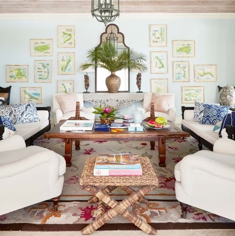 Living room, Room, Interior design, Furniture, Property, Wall, Ceiling, Home, House, Building,