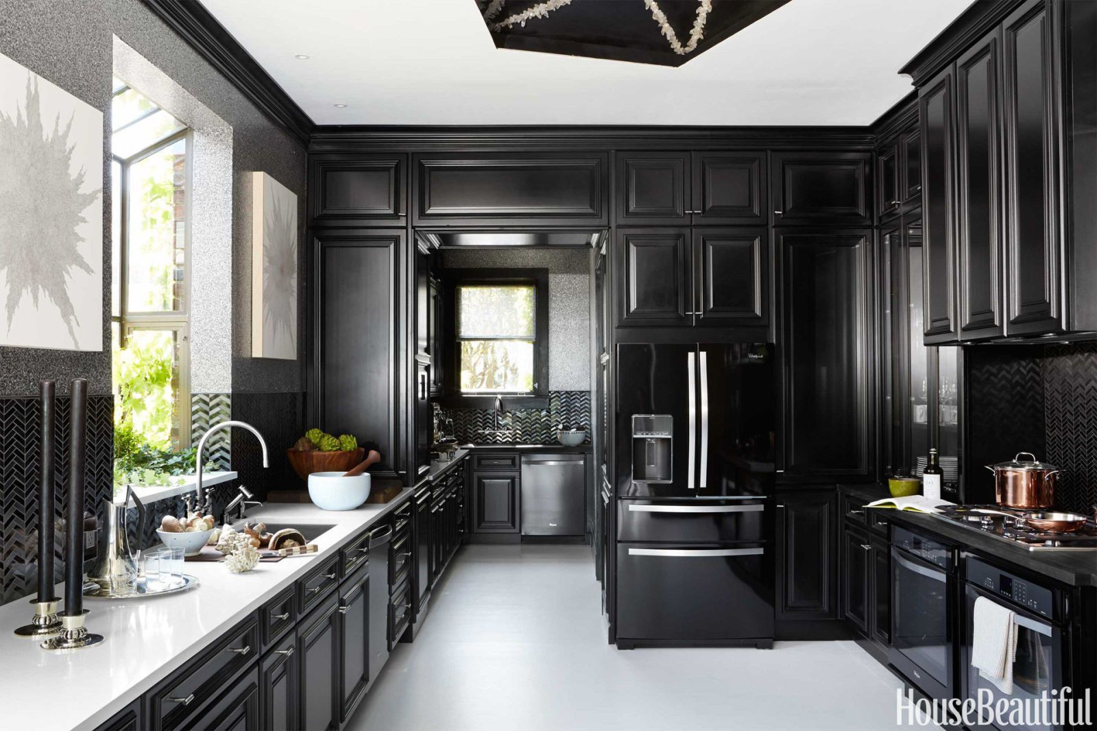 Delightful Black Kitchen