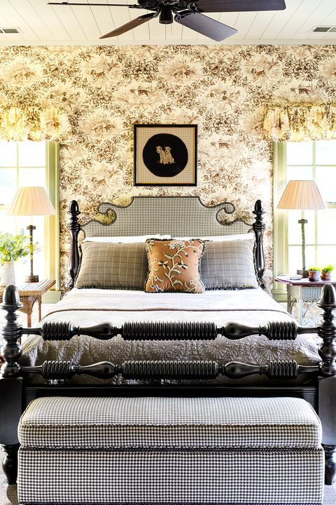 40 Bold Bedroom Wallpaper Ideas We Love Timeless Bedroom Beauteous Bedroom Designs Wallpaper