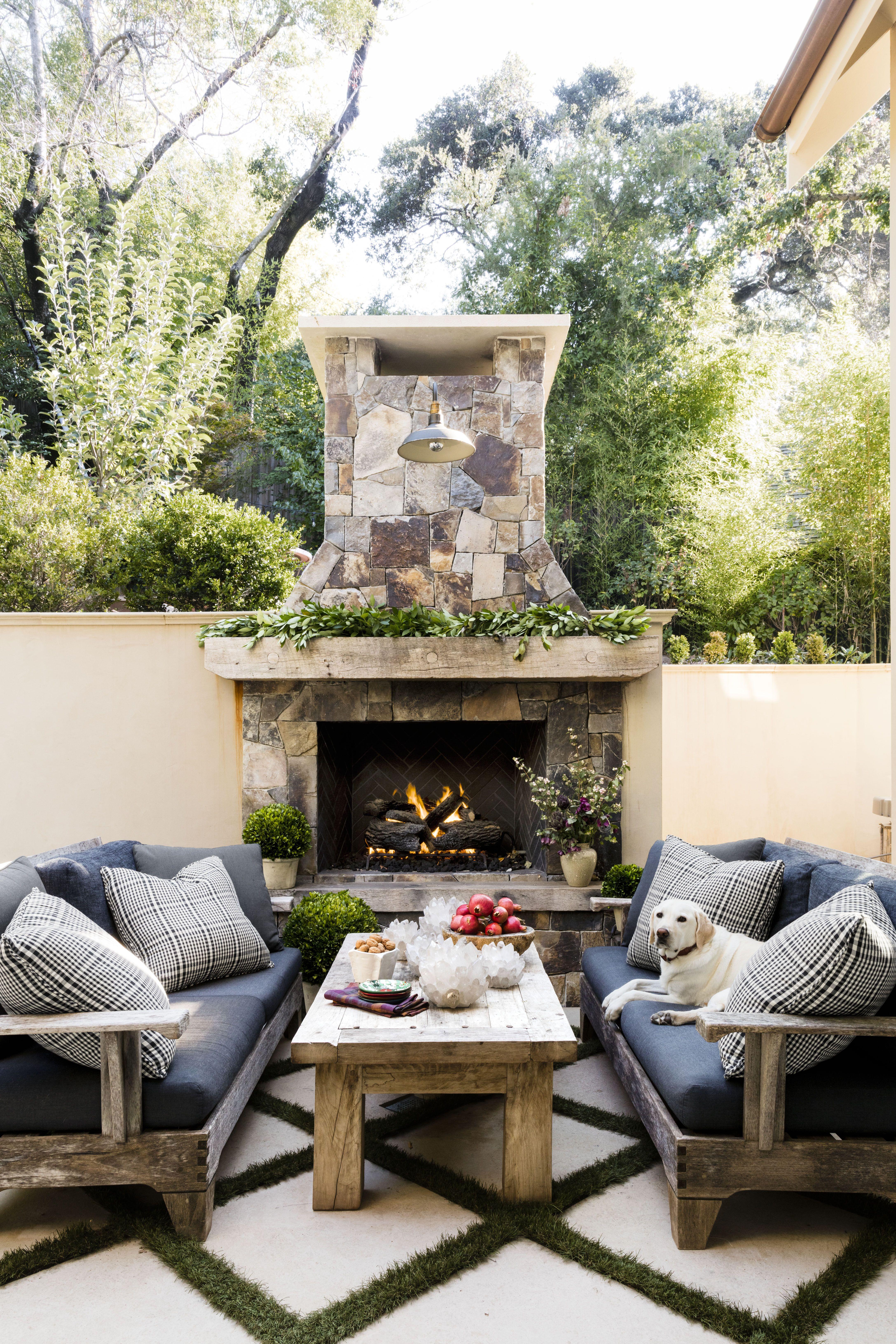Beau HBX010118_046. Erin Kunkel. Decorate Your Outdoor Fireplace