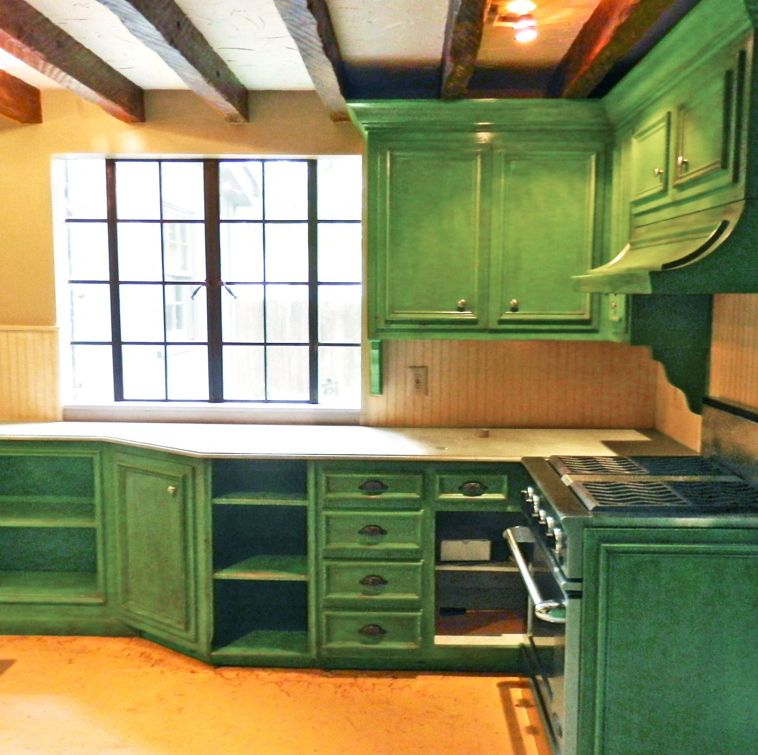 kitchen cabinet makeover before