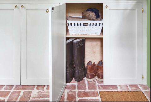 Room, Green, Yellow, Shelf, Laundry room, Furniture, Interior design, House, Closet, Laundry,