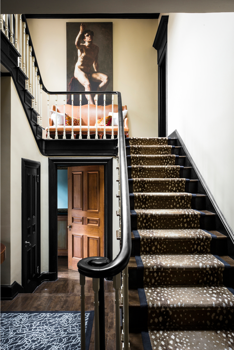 Stairs, Handrail, Property, Home, House, Interior design, Room, Building, Architecture, Baluster,