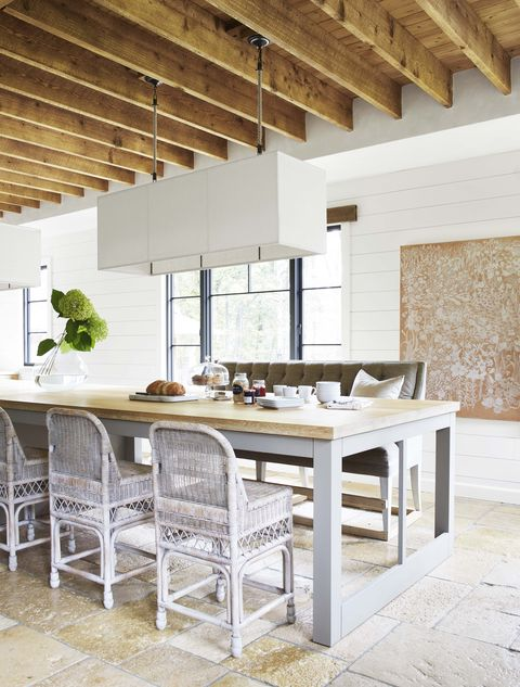 Room, Furniture, Property, Interior design, Dining room, Table, Building, Ceiling, House, Floor,