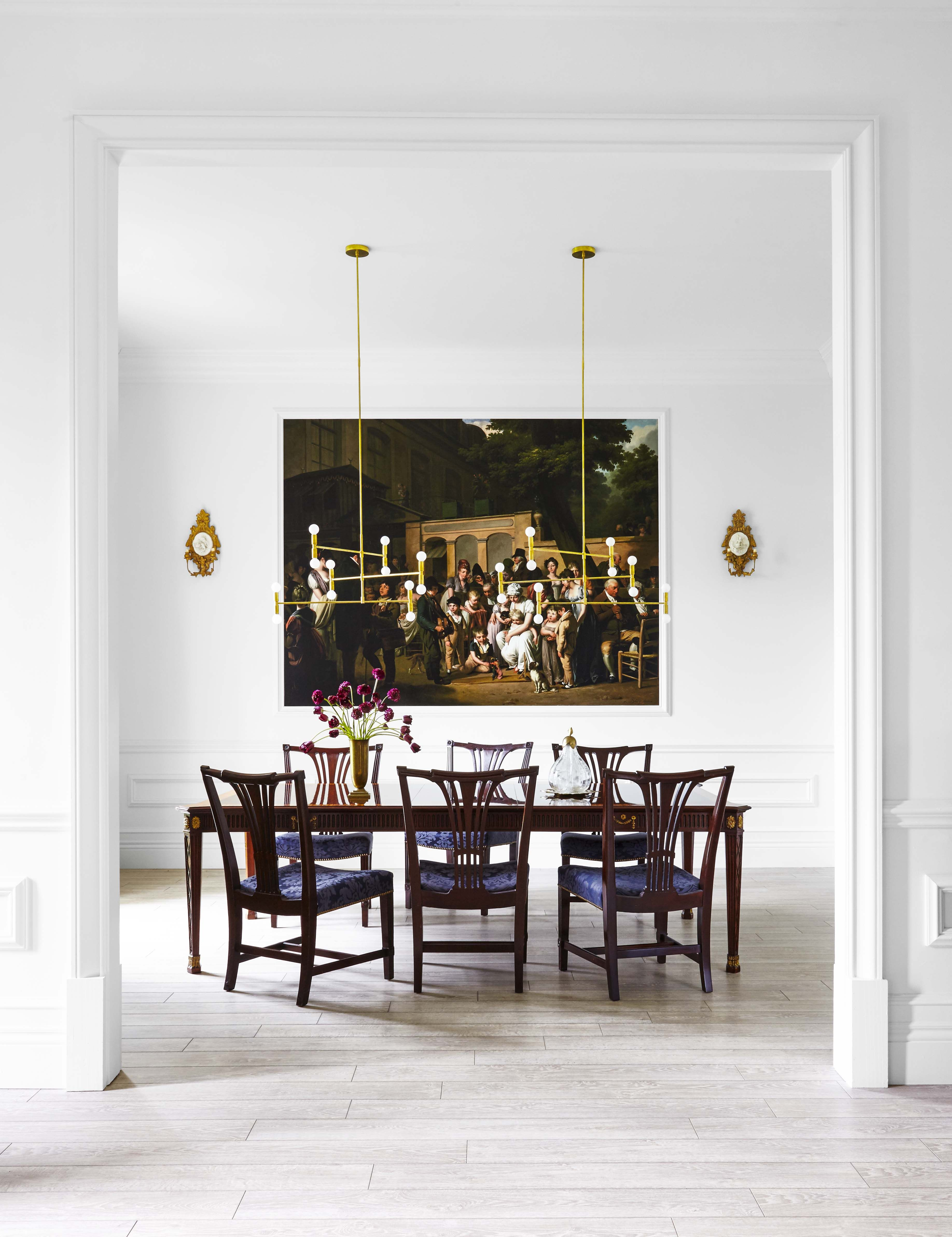 Wall-Sized Murals Steal the Show in This Raji RM-Designed Home