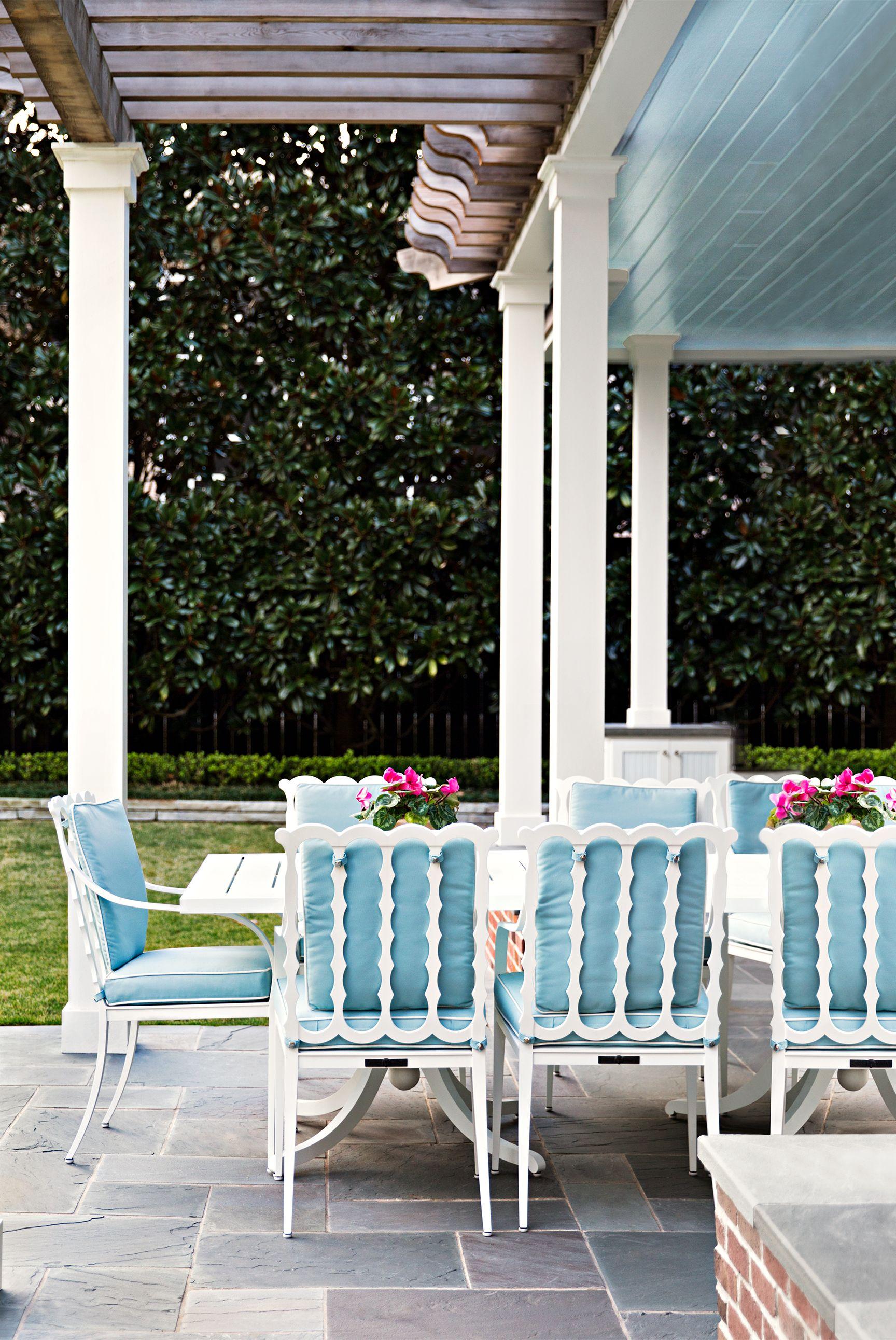 porch dining area design