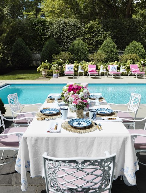Tablecloth, Table, Furniture, Pink, Chair, Textile, Linens, Wedding reception, Backyard, Room,