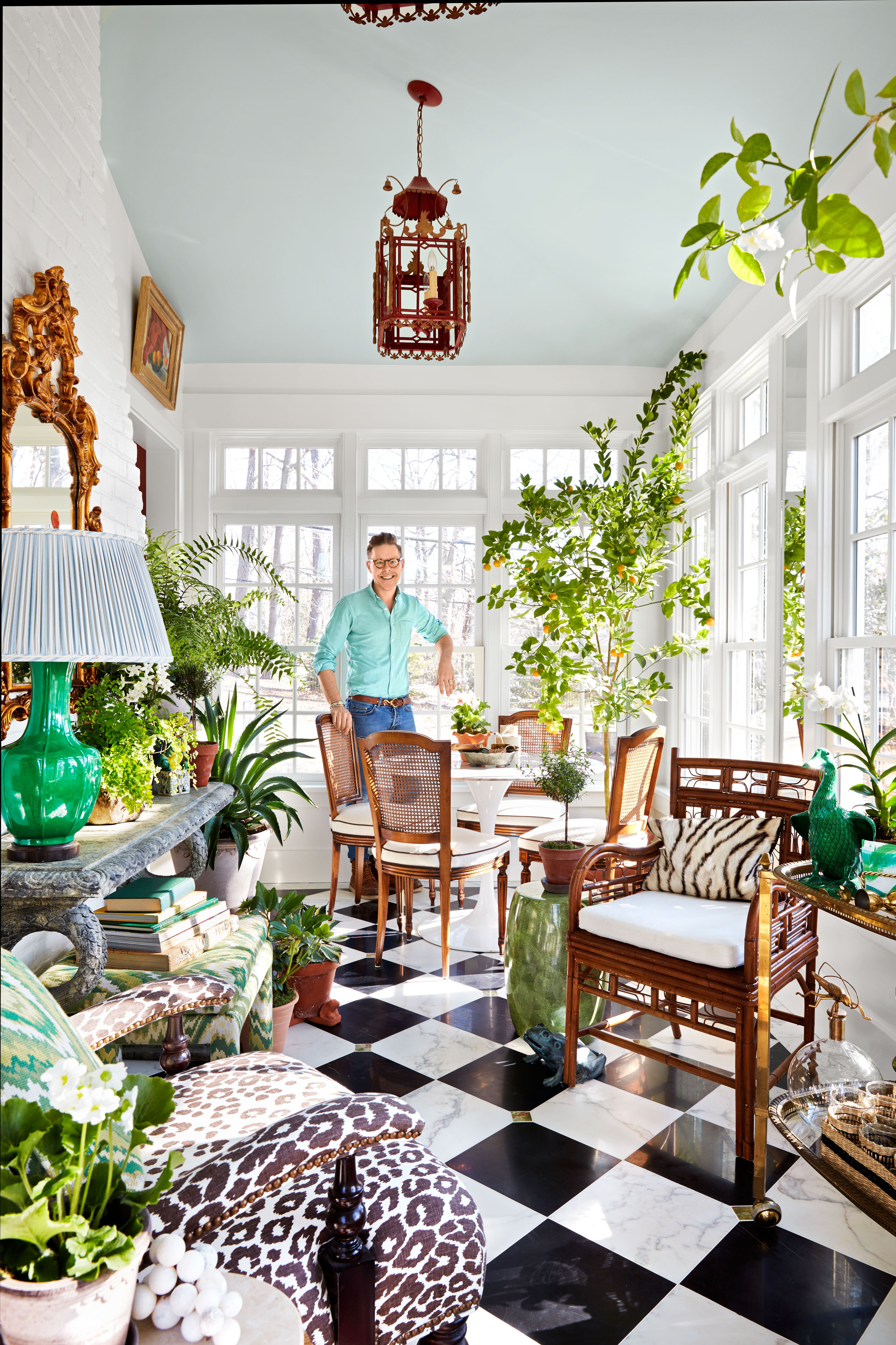 This Garden Room Was Once An Old Screened In Porch Indoor Gardening Decor Ideas