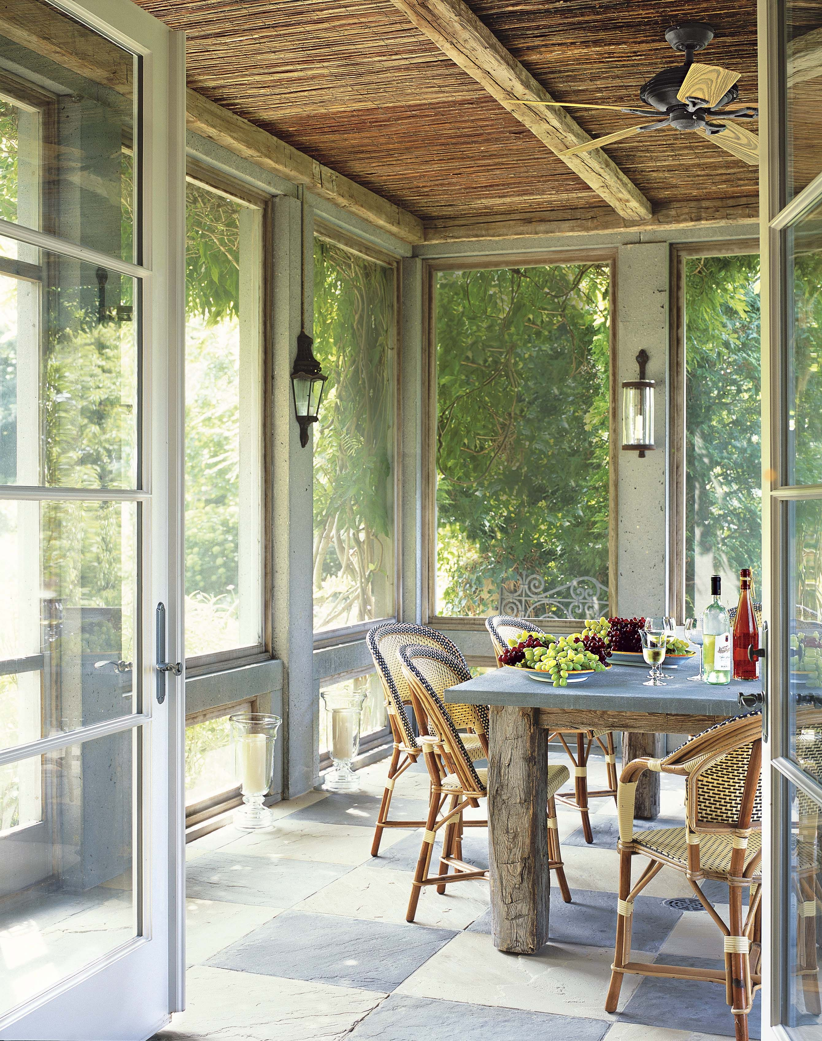 The Guide To Screened In Porches How To Build A Screened In Porch According To The Experts