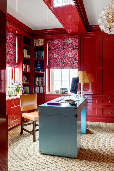 Elle Decor Home Office Ideas from hips.hearstapps.com