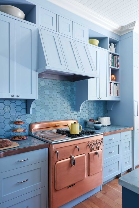 13 Chic French-Country Kitchens - Farmhouse Kitchen Style Inspiration