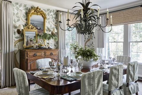 Room, Dining room, Interior design, Furniture, Property, Building, Table, Home, Living room, Ceiling,