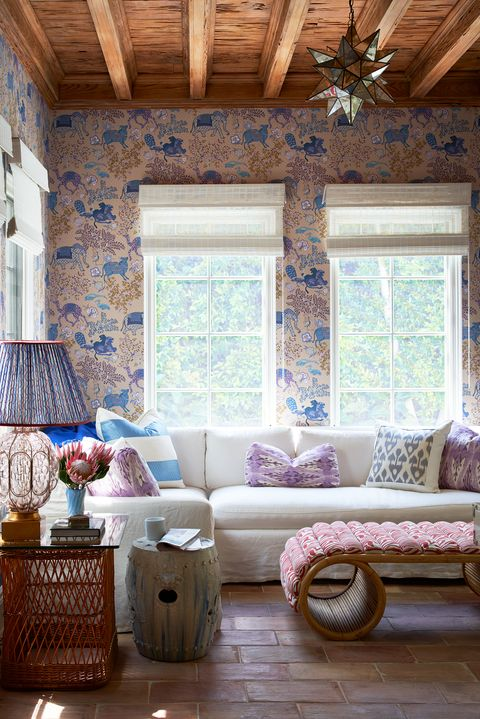 Living Room Feature Wall Design: Timeless Living Room Wallpaper Ideas That Stand The Test