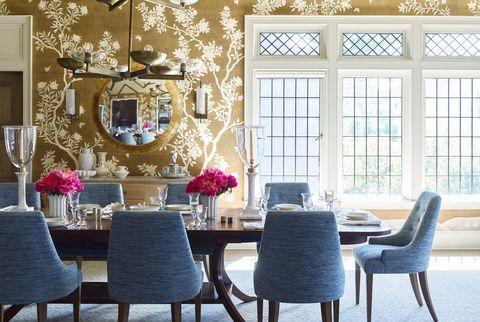 Room, Interior design, Furniture, Ceiling, Property, Living room, Lighting, Home, Chandelier, Wall,