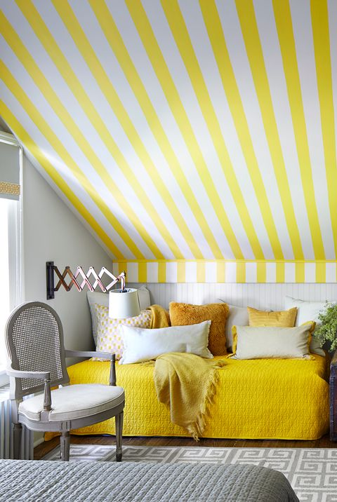 15 Cheerful Yellow Bedrooms - Chic Ideas for Yellow Bedroom ...
