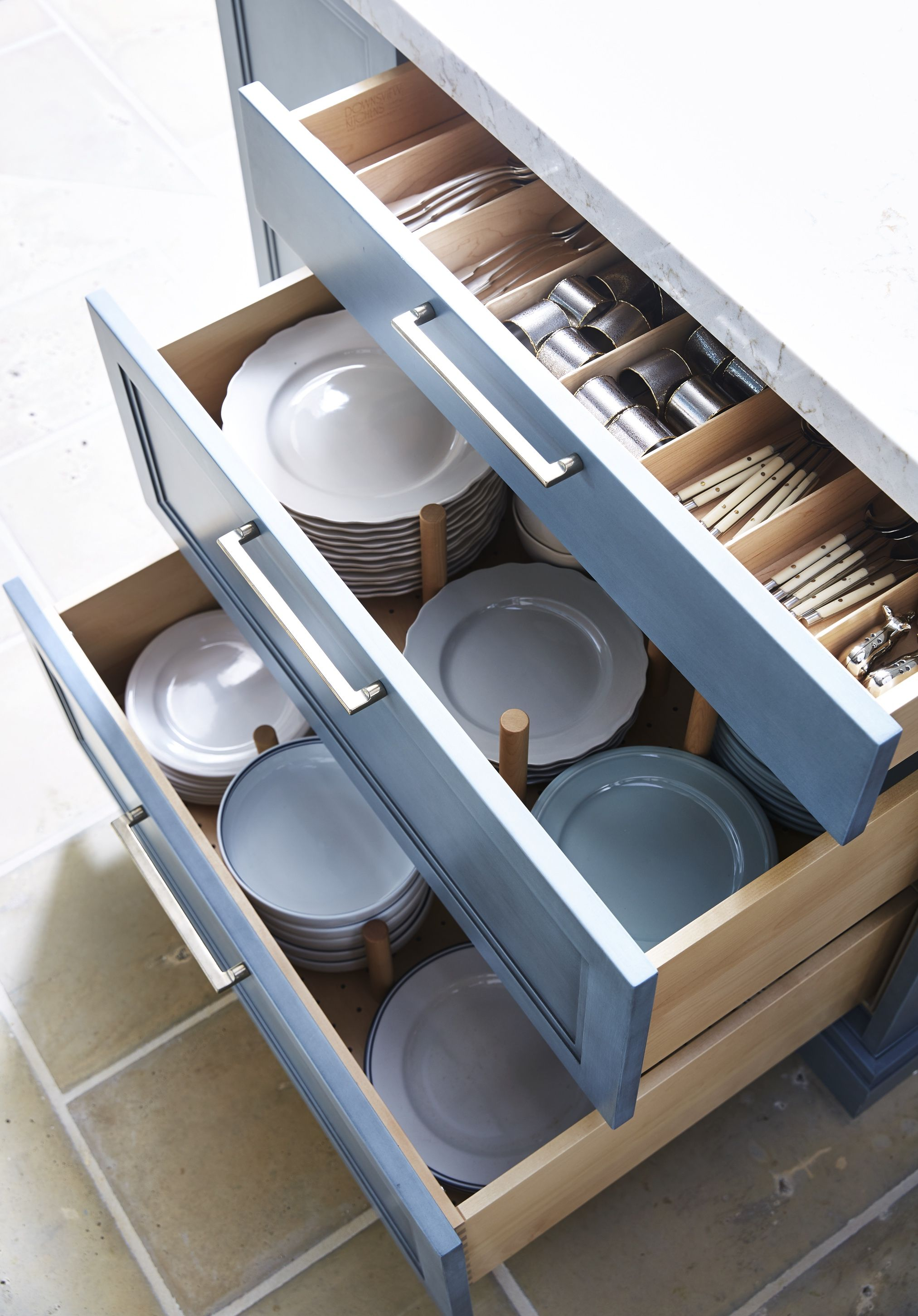 Why You Should Be Storing Your Plates in Drawers, Not Cabinets