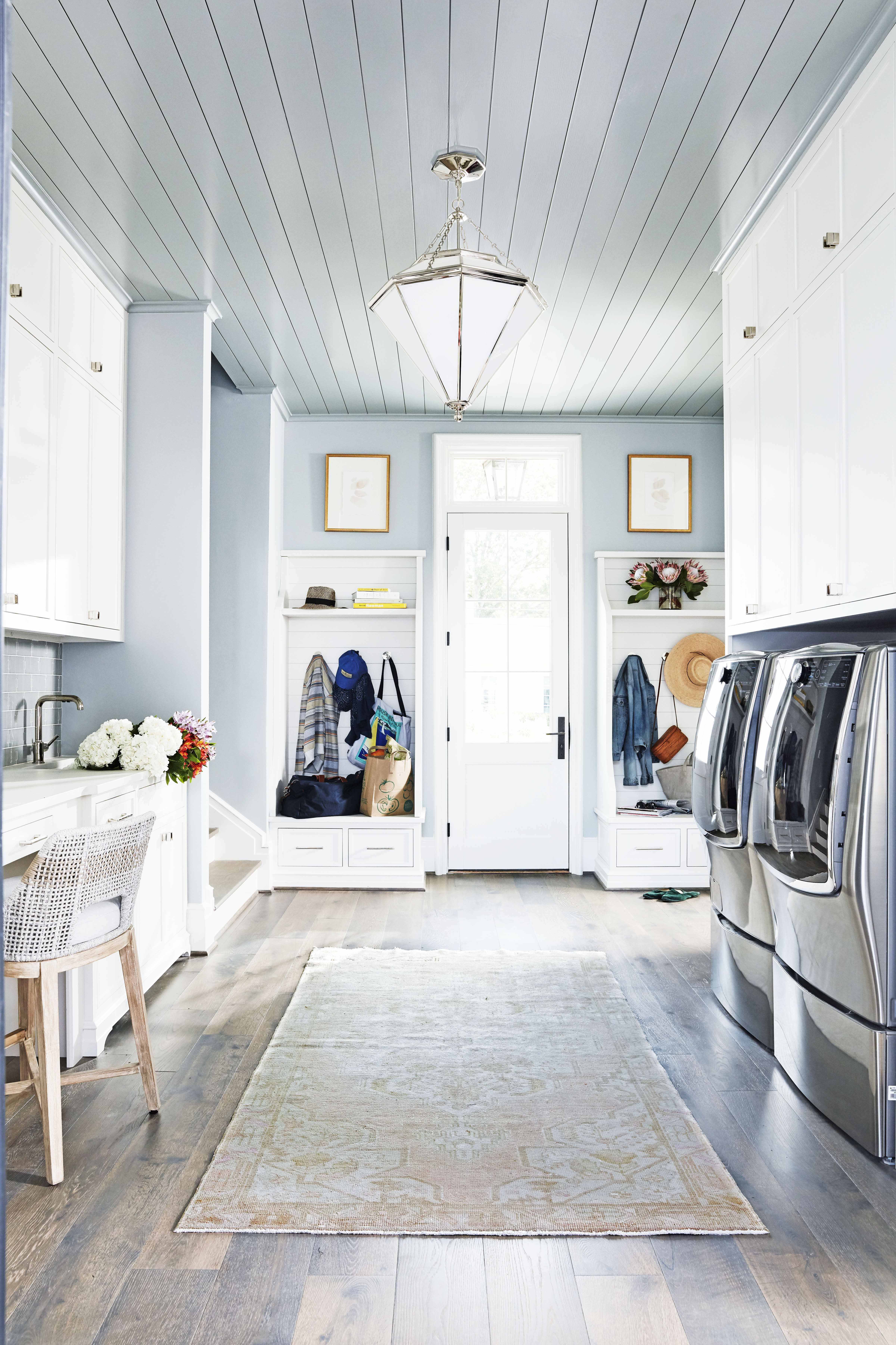 This Mudroom Is Ingeniously Designed to Keep Clutter at Bay