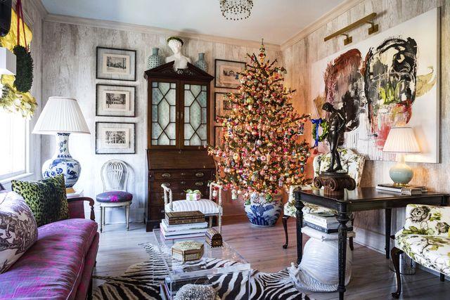 christmas tree in matthew bees residence, charleston, sc