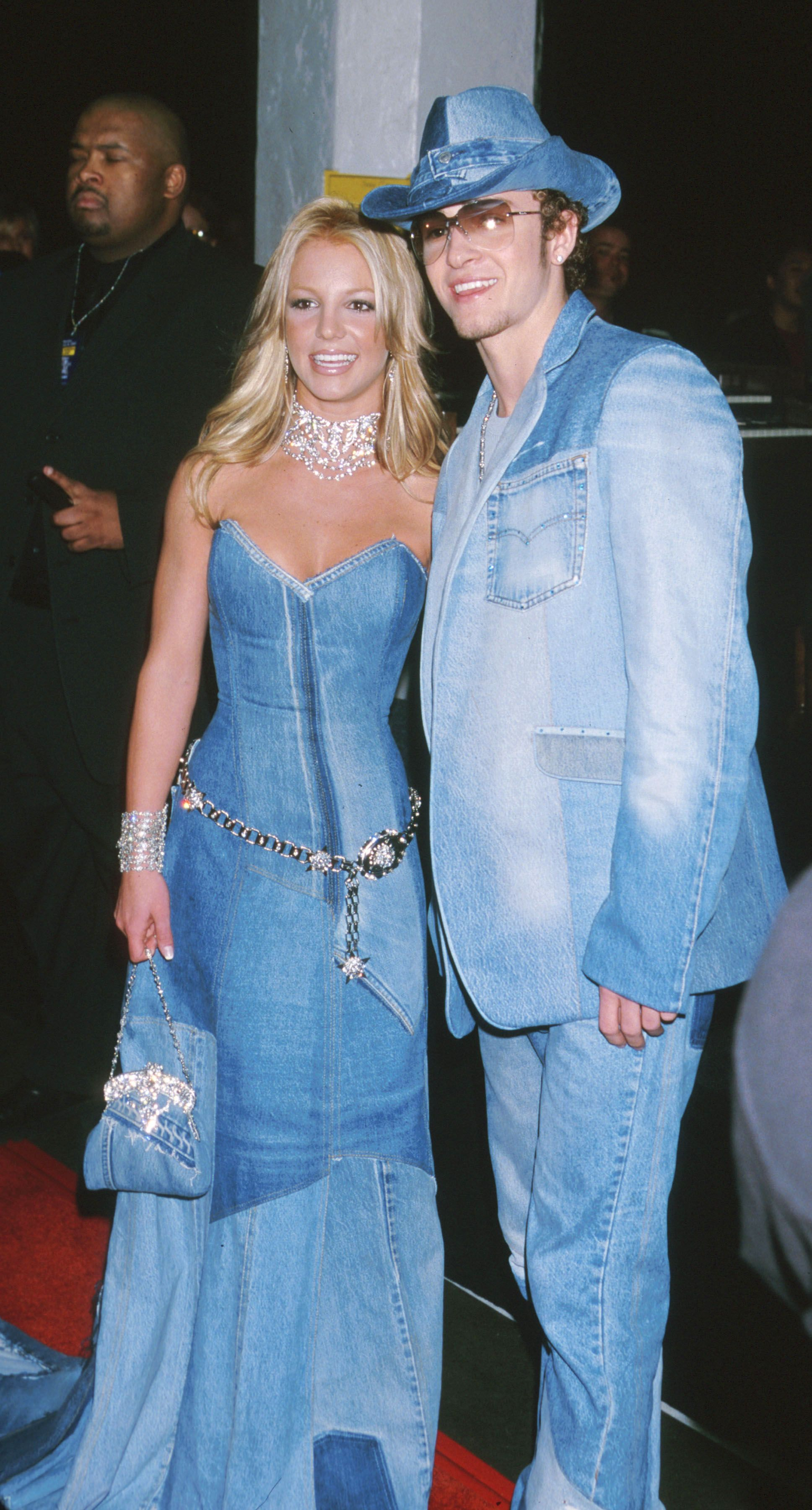 The Worst Early 2000s Fashion and Outfits - Celebrity Outfits From ...