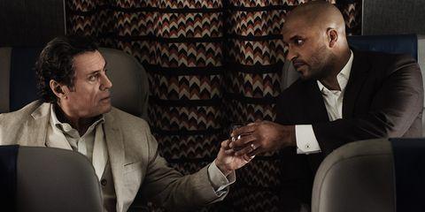 Conversation, Suit, Event, Gesture, White-collar worker,