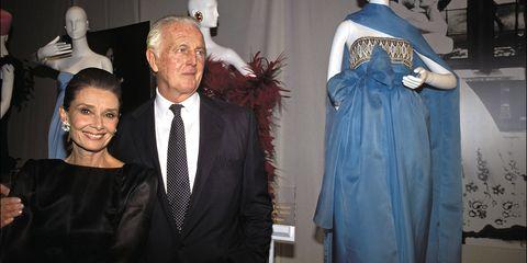 Fashion, Formal wear, Event, Dress, Fashion design, Suit, Haute couture, Outerwear, Costume design, Costume,