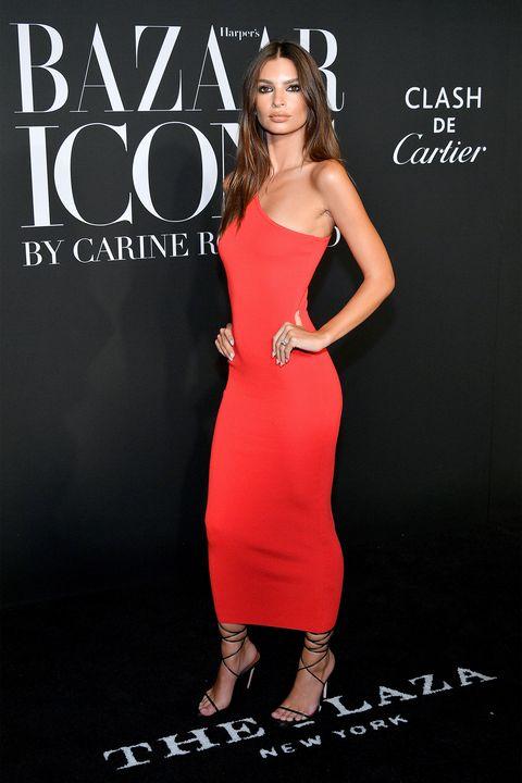 Dress, Clothing, Cocktail dress, Shoulder, Premiere, Fashion, Fashion model, Footwear, Neck, Carpet,