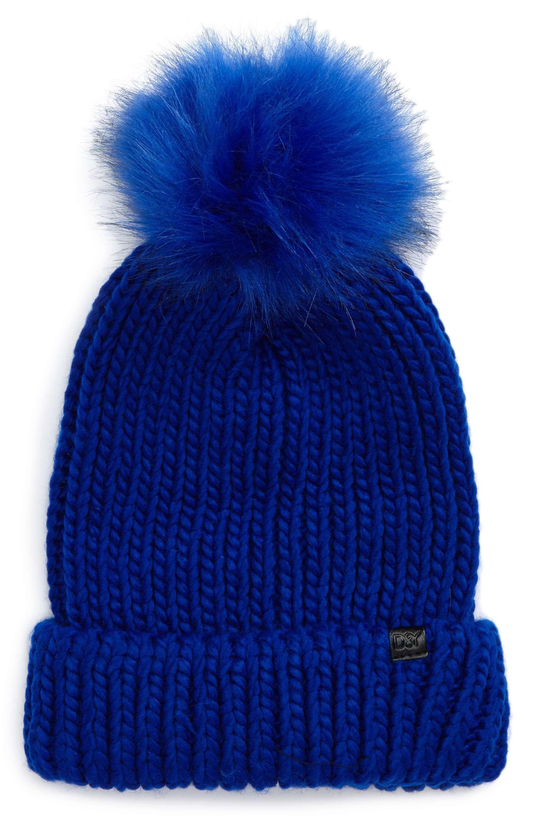 hbz-beanie-faux-fur-1509043813.jpg (980×1501)