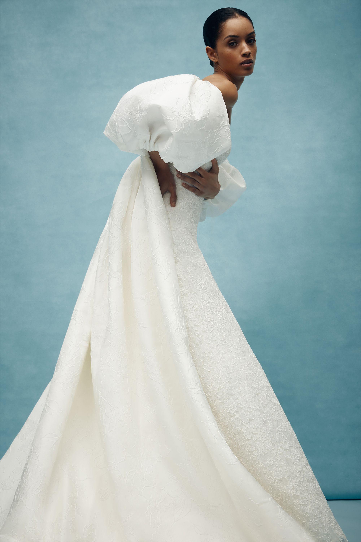 628874349d2 65+ Best Wedding Dresses Spring 2020 - Top Spring Bridal Runway Looks