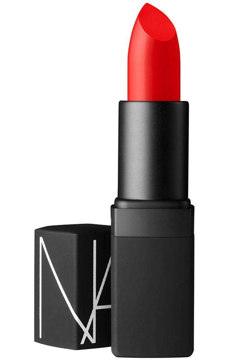 Best Lipstick Application Tricks   InStyle.com