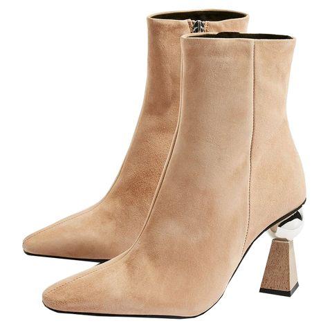 Footwear, Boot, Shoe, Beige, Leather, Brown, Suede, Tan, High heels, Leg,
