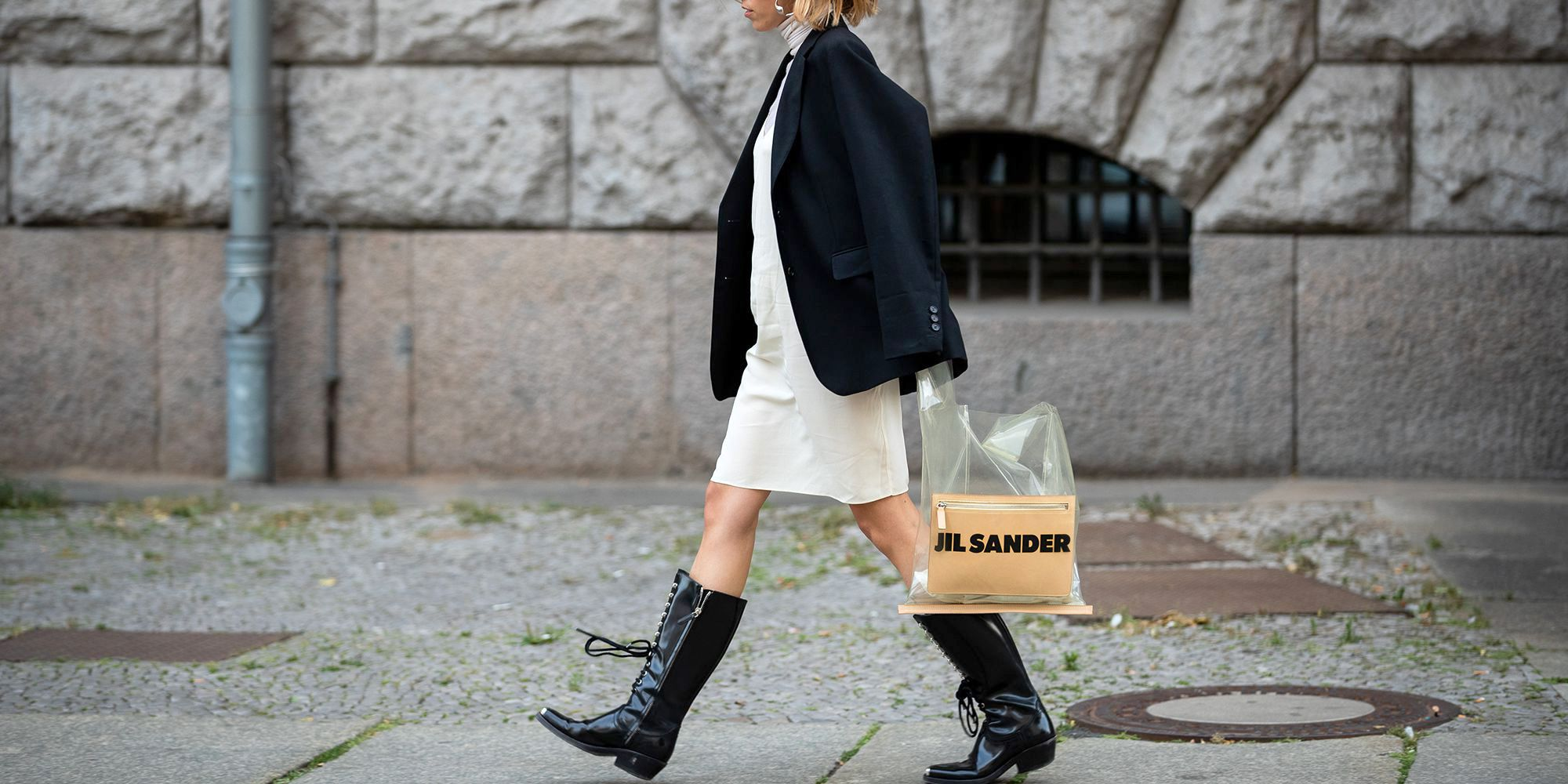 How to Wear Boots With Dresses , Fall Boots to Wear With Dresses