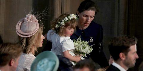 Headpiece, Flower Arranging, Floral design, Hair accessory, Event, Ceremony, Floristry, Bouquet, Flower, Headgear,