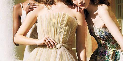 Shoulder, Clothing, Dress, Beauty, Joint, Waist, Cocktail dress, Strapless dress, Photo shoot, Fashion model,