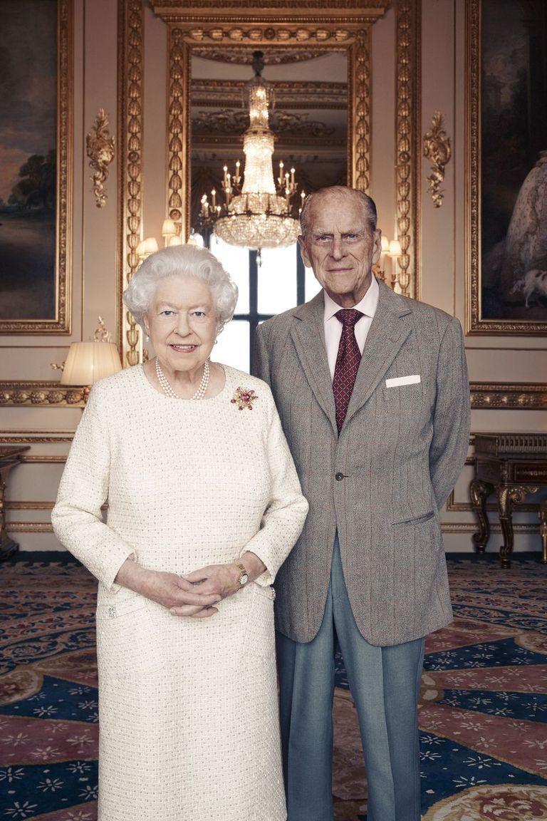 formal family photo thevillasco